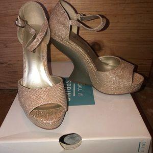 Gold sparkle wedge platform shoes